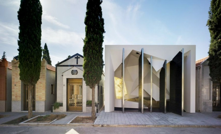 Cloud Pantheon by Clavel Arquitectos