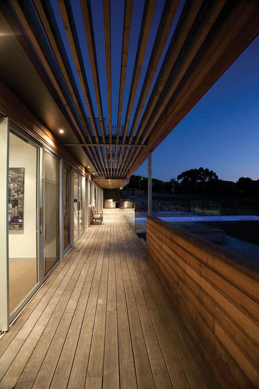 The Royston Property by Vibe Design Group