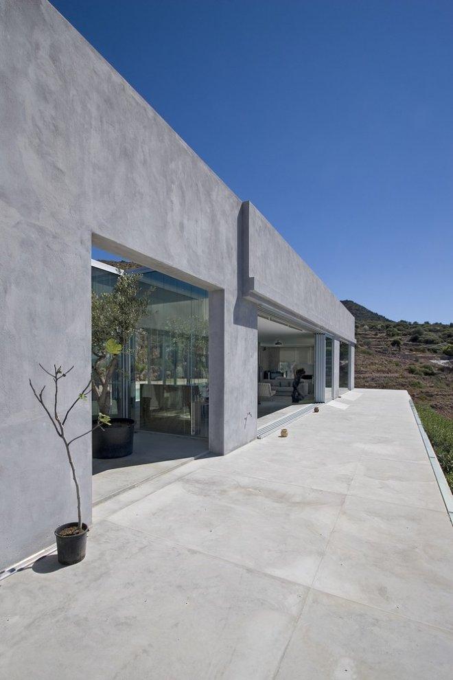 Private Residence by Konstantinos Kontos