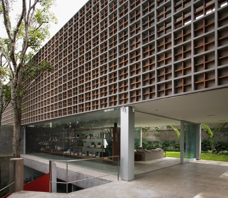Sumaré House by Isay Weinfeld
