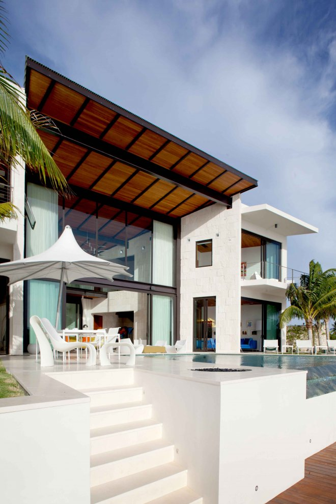 Bonaire House by Silberstein Architecture