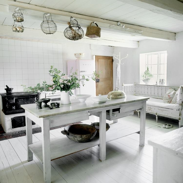 Beautiful Country Kitchen Pictures Photos And Images For Facebook Tumblr Pinterest And Twitter: Farmhouse In Sweden « HomeAdore