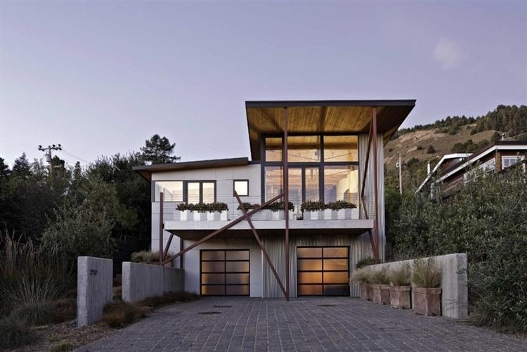 Stinson Beach House By WA Design HomeAdore