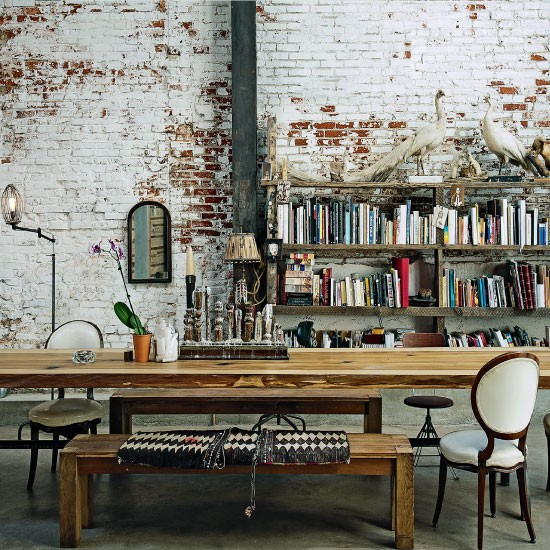 50 Bold And Inventive Dining Rooms With Brick Walls: Apartment With Grunge Walls « HomeAdore