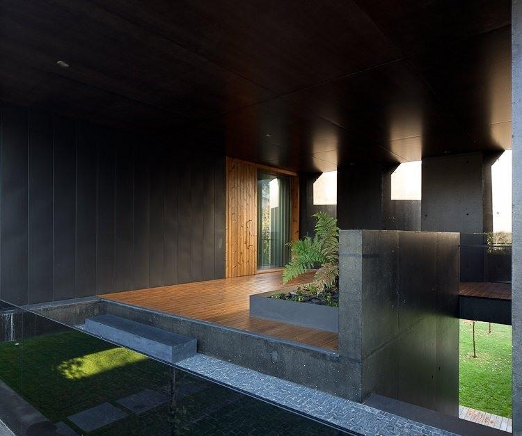L23 House by Pitagoras Arquitectos