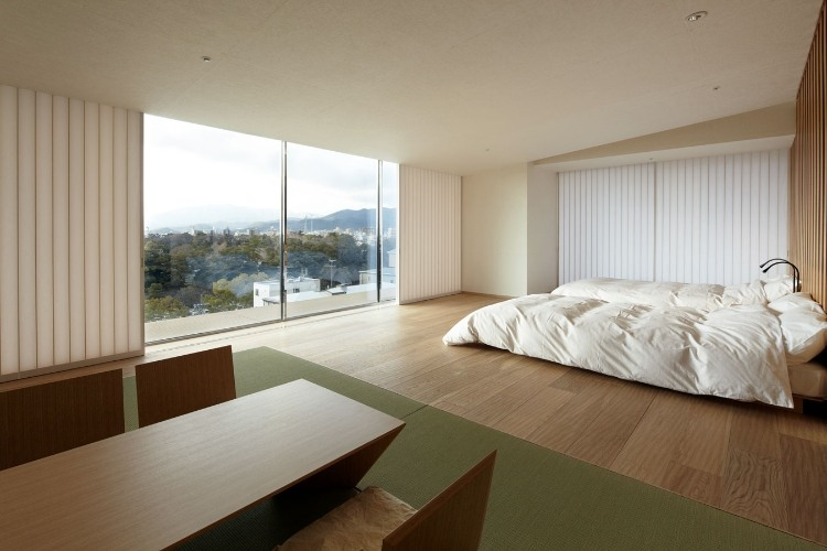 Minimalistic japanese interior designs homeadore for Modern japanese house interior design