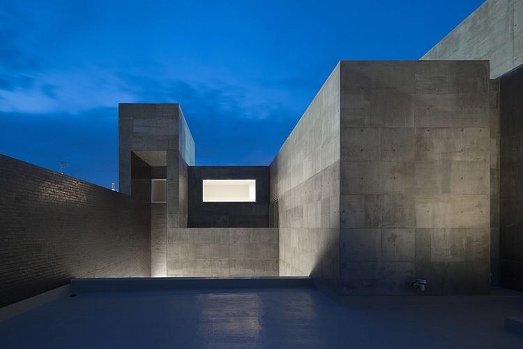 House Of Silence By Form Kouichi Kimura Architects Homeadore