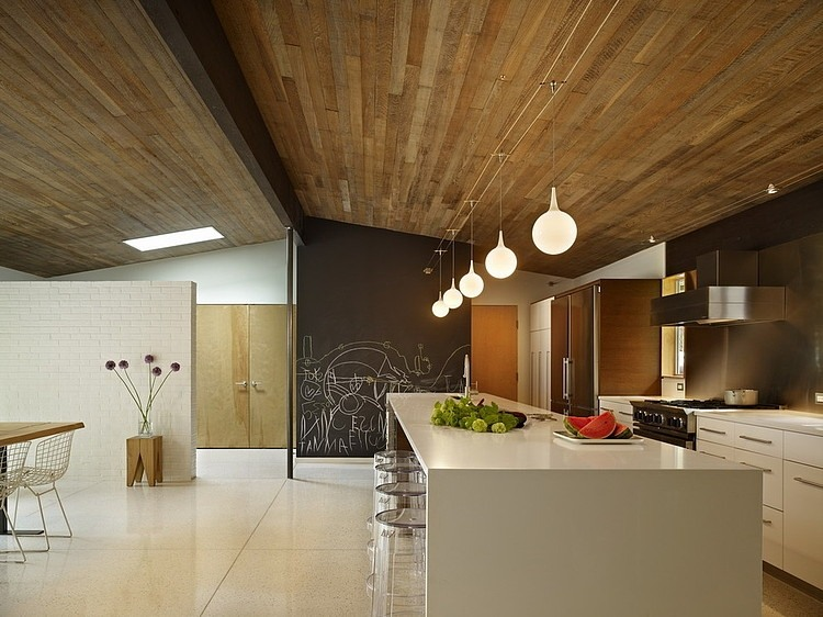 Lakewood Mid-Century by DeForest Architects