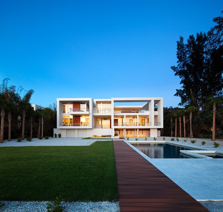 Casey Key 2 by Michael K. Walker Associates Inc.