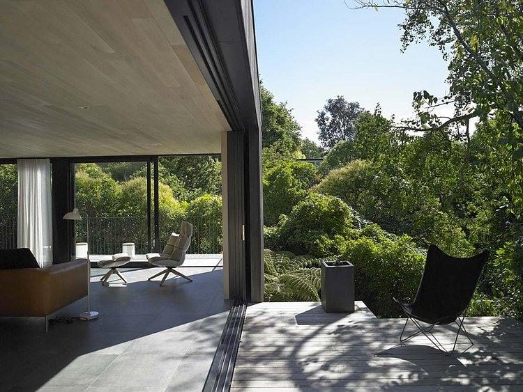 Waiatarua House by Hamish Monk Architecture | Architects Corner