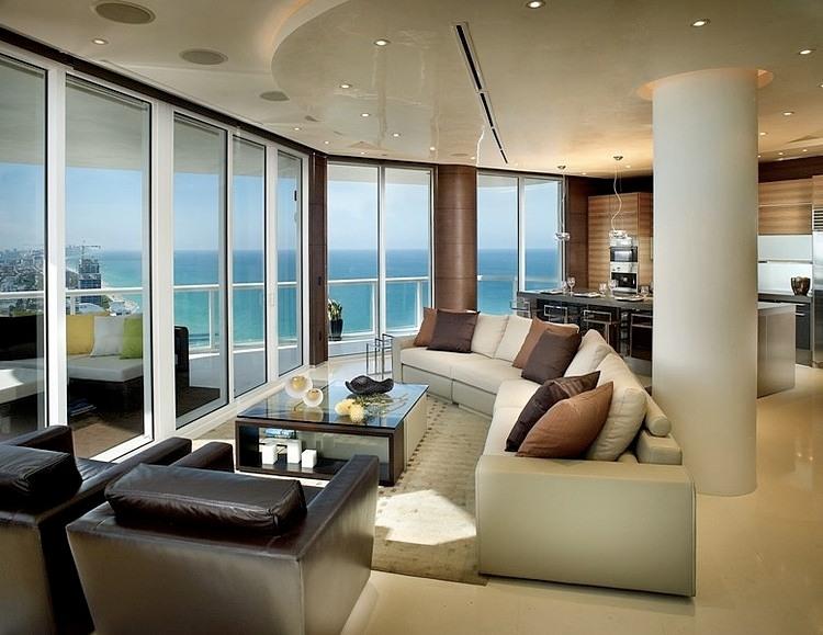 Miami beach apartment by pepe calderin design homeadore for Beach apartment decor