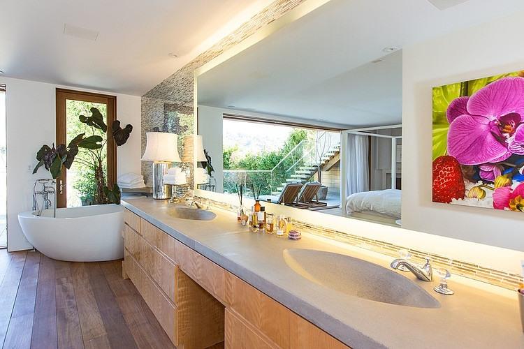 Malibu Residence by Chryssanthou, Inc.
