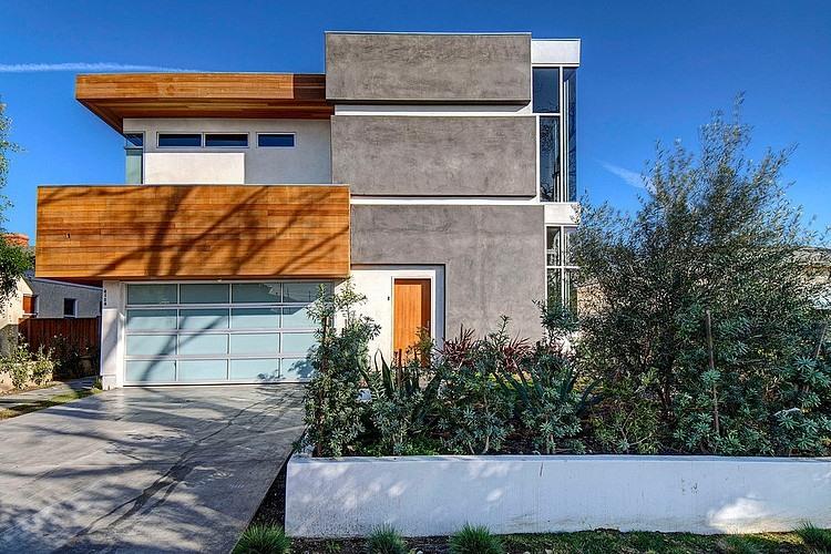 Kenyon Vastu House by DIGBAR Interiors & Architecture