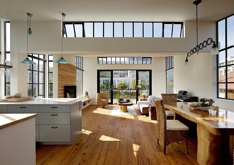 San Francisco Floating House by Robert Nebolon Architects