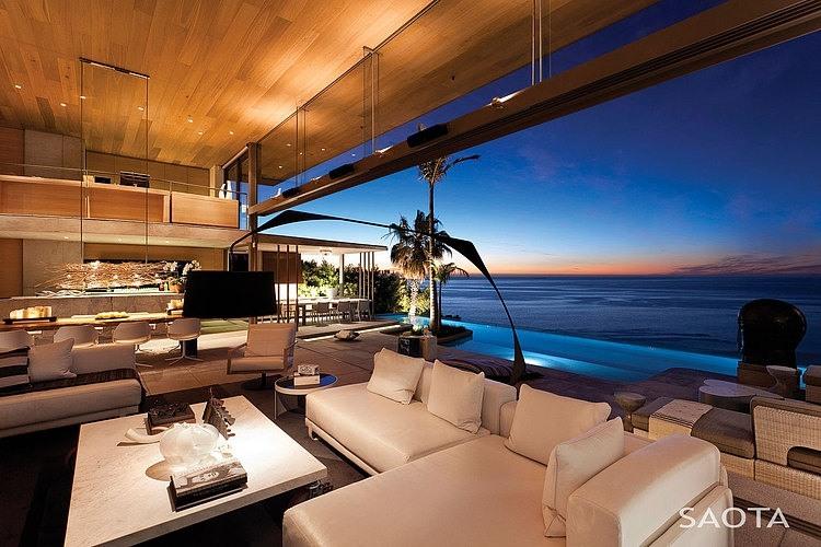 Элитные дома на берегу моря и океана