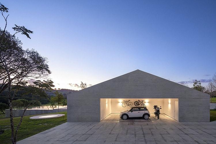 M&M House by StudioMK27
