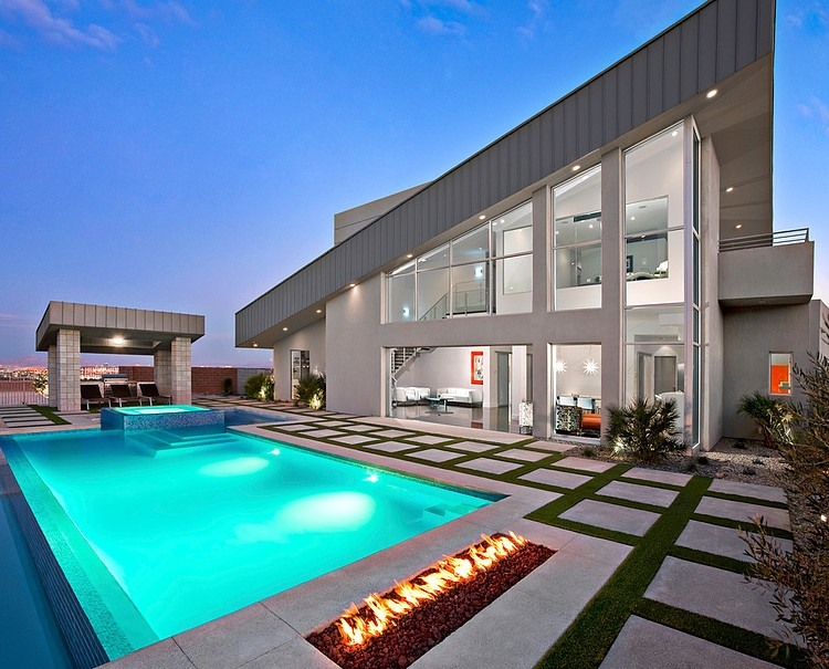 Amazing Residence by Simply Modern