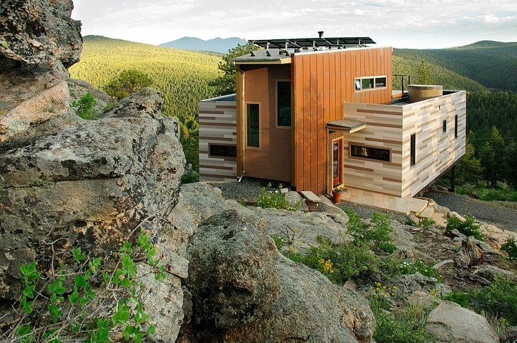 Tiny Home Designs: Shipping Container House By Studio H:T