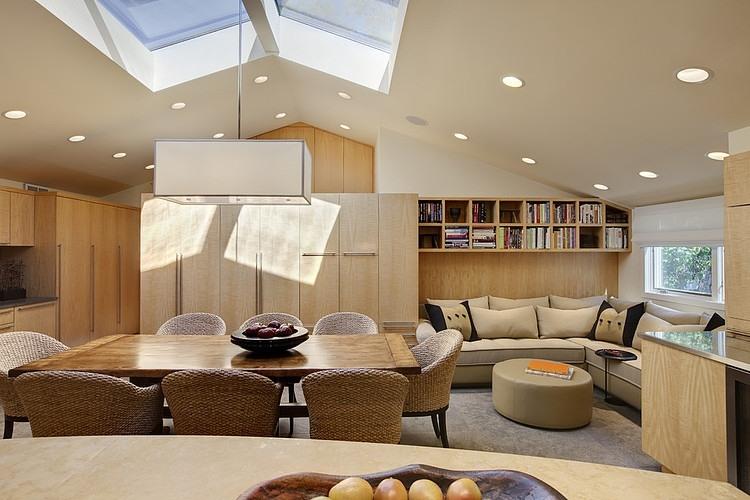 Glencoe Residence 3 by Handman Associates