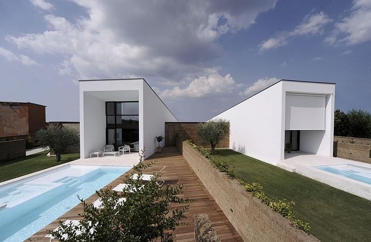 Civita Castellana Home by Romano Adolini
