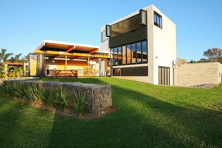 Coopers Beach House by Dorrington Architects & Associates