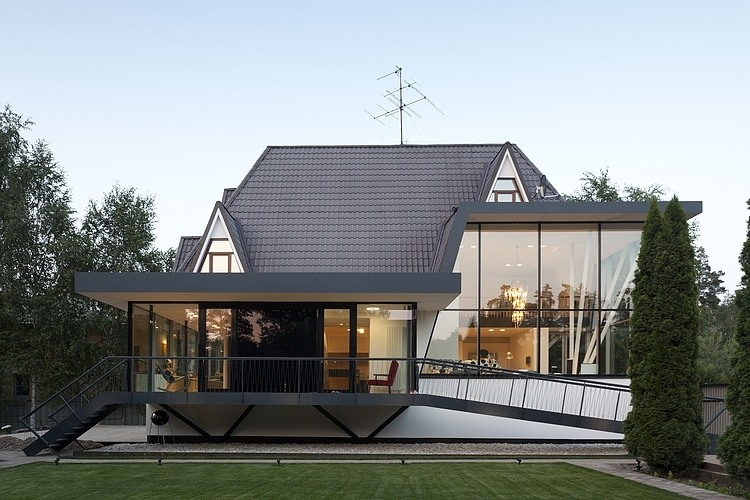 House N in Moscow by 4a Architekten