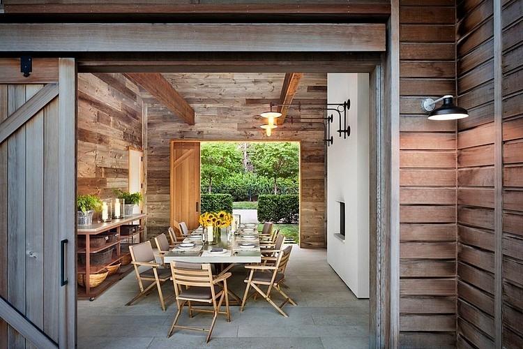 Hamptons Barn by John Hummel & Associates