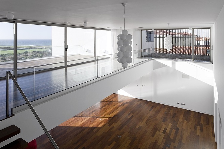 Casa PDR 385 by Fra G Ment Os