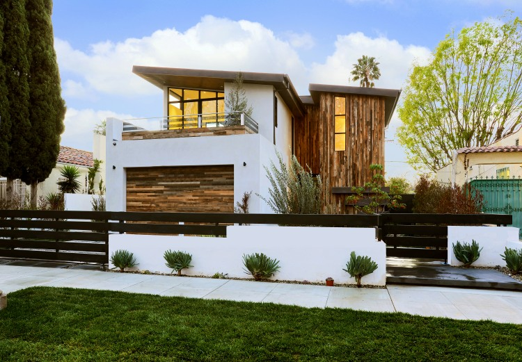 S. Mansfield Ave by Amit Apel Design