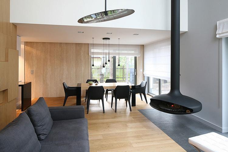 Legionowo House by Nasciturus Design