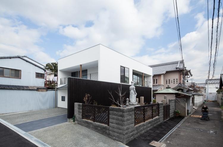 AYA House by Yoshihiro Yamamoto