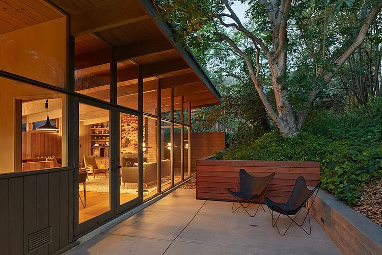 006 midcentury modern renovation koch architects homeadore for Mid century modern renovation
