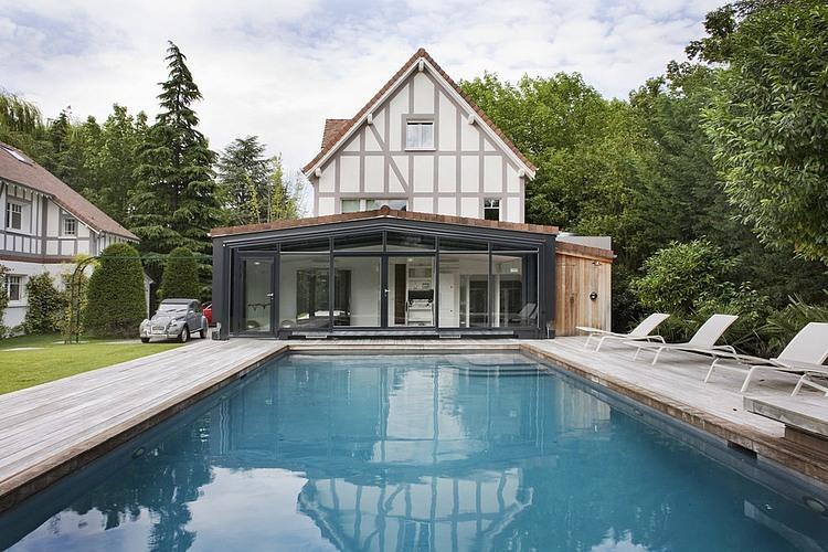 Villennes-sur-Seine Residence by Olivier Chabaud Architecte