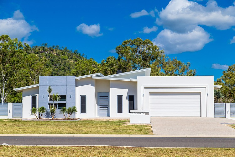 Stirling Home by CEADS