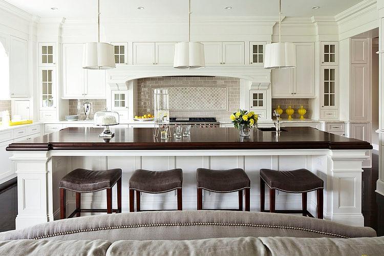 Parkwood Road Residence by Martha O'Hara Interiors