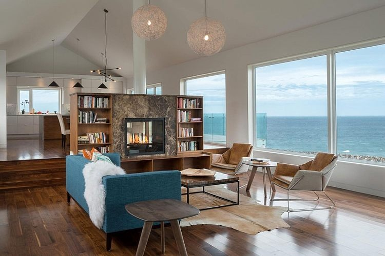 Harbour Heights Home by Omar Gandhi Architect