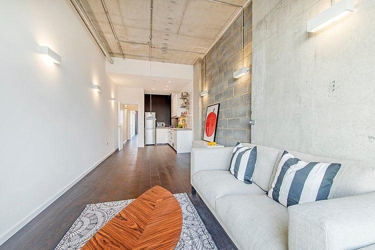 007 industrial apartment london
