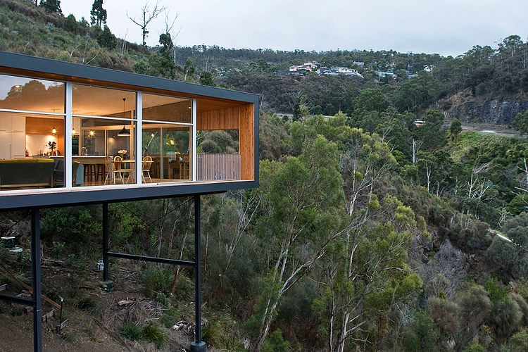 Crump House by Room 11