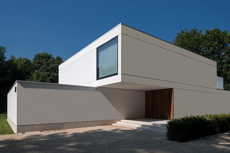 HS Residence by Cubyc Architects