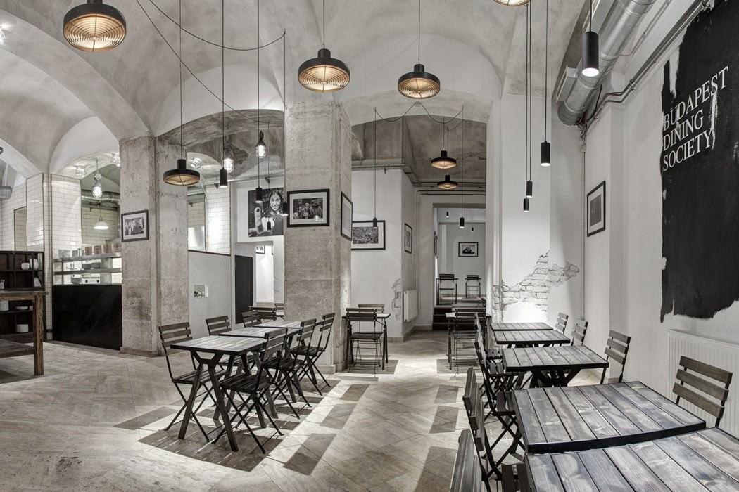 Publikus Restaurant by Minusplus