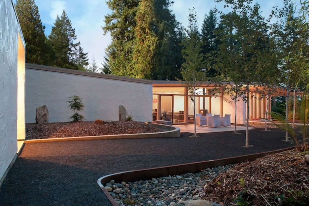 Brown Cabin by D'arcy Jones Architecture