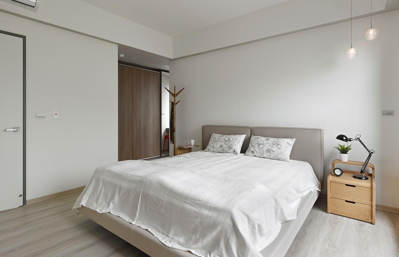 Liu's Warm House by HOYA design