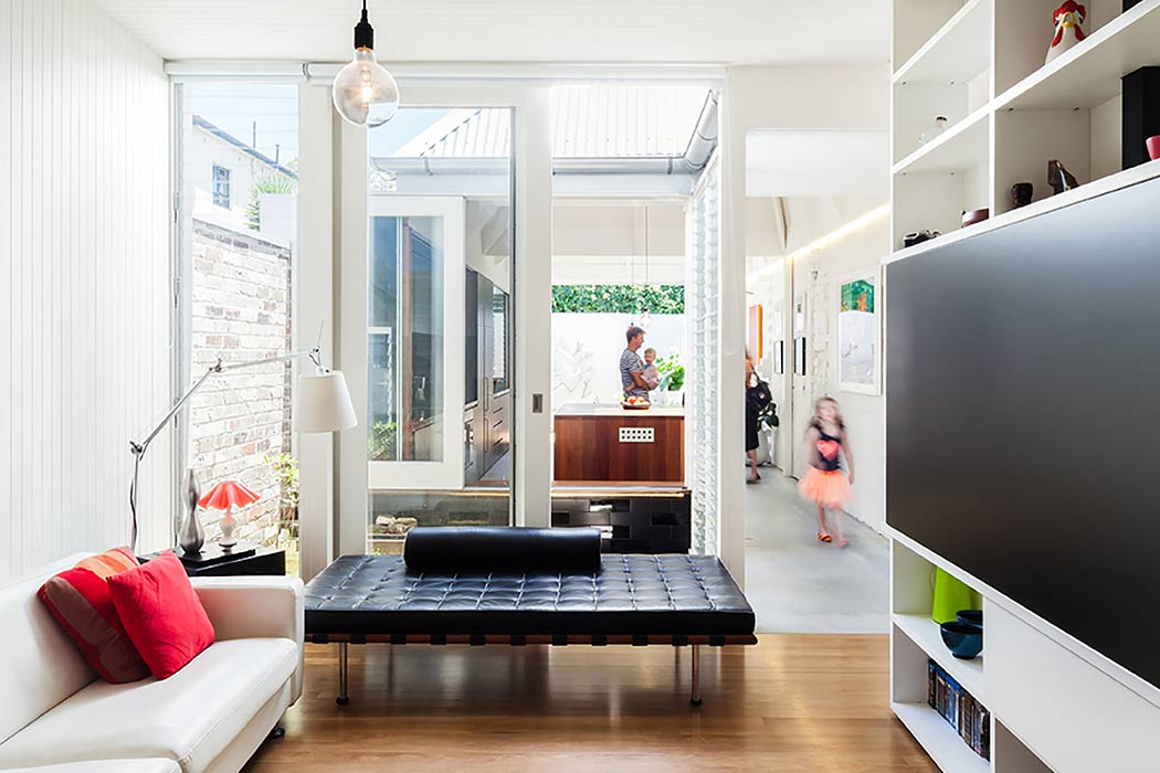 Light Cannon House by Carterwilliamson Architects