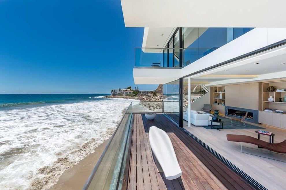 Wave House by Mark Dziewulski