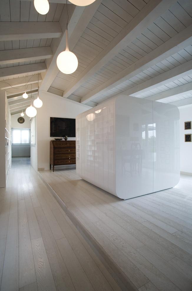 Contemporary Loft by ZPZ Partners
