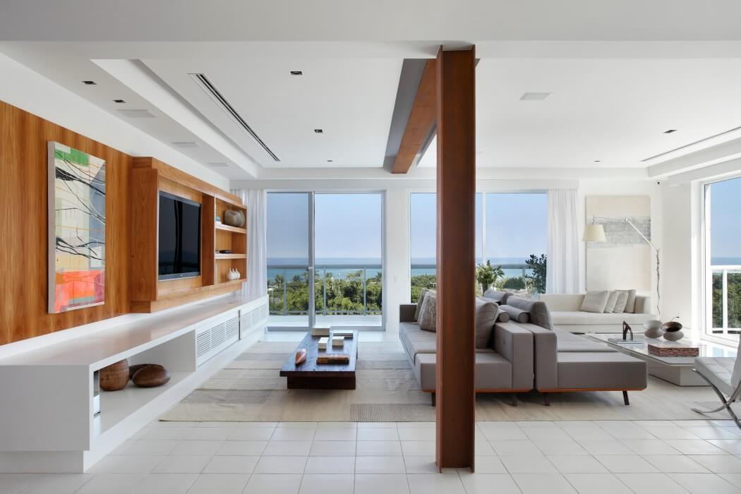 Vista Apartment by Paula Neder