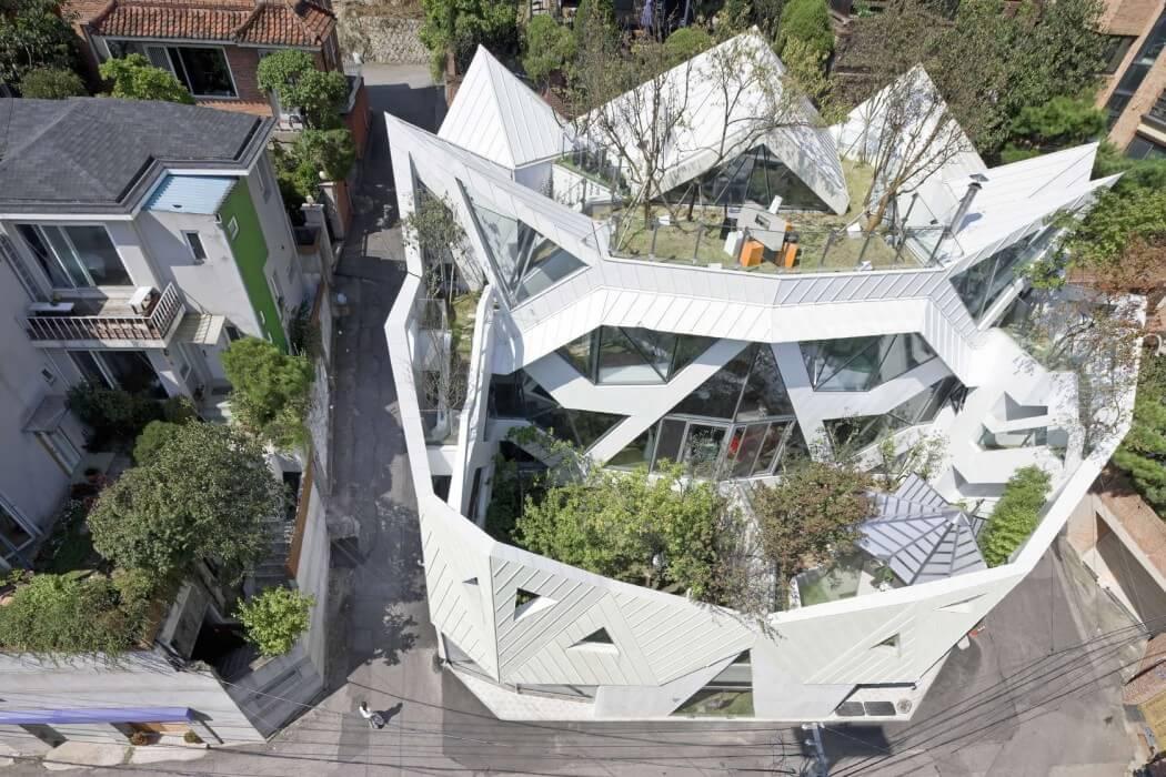 Hwa Hun by Iroje KHM Architects