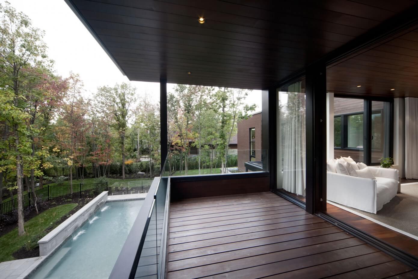 Maison Veranda by Blouin Tardif Architecture