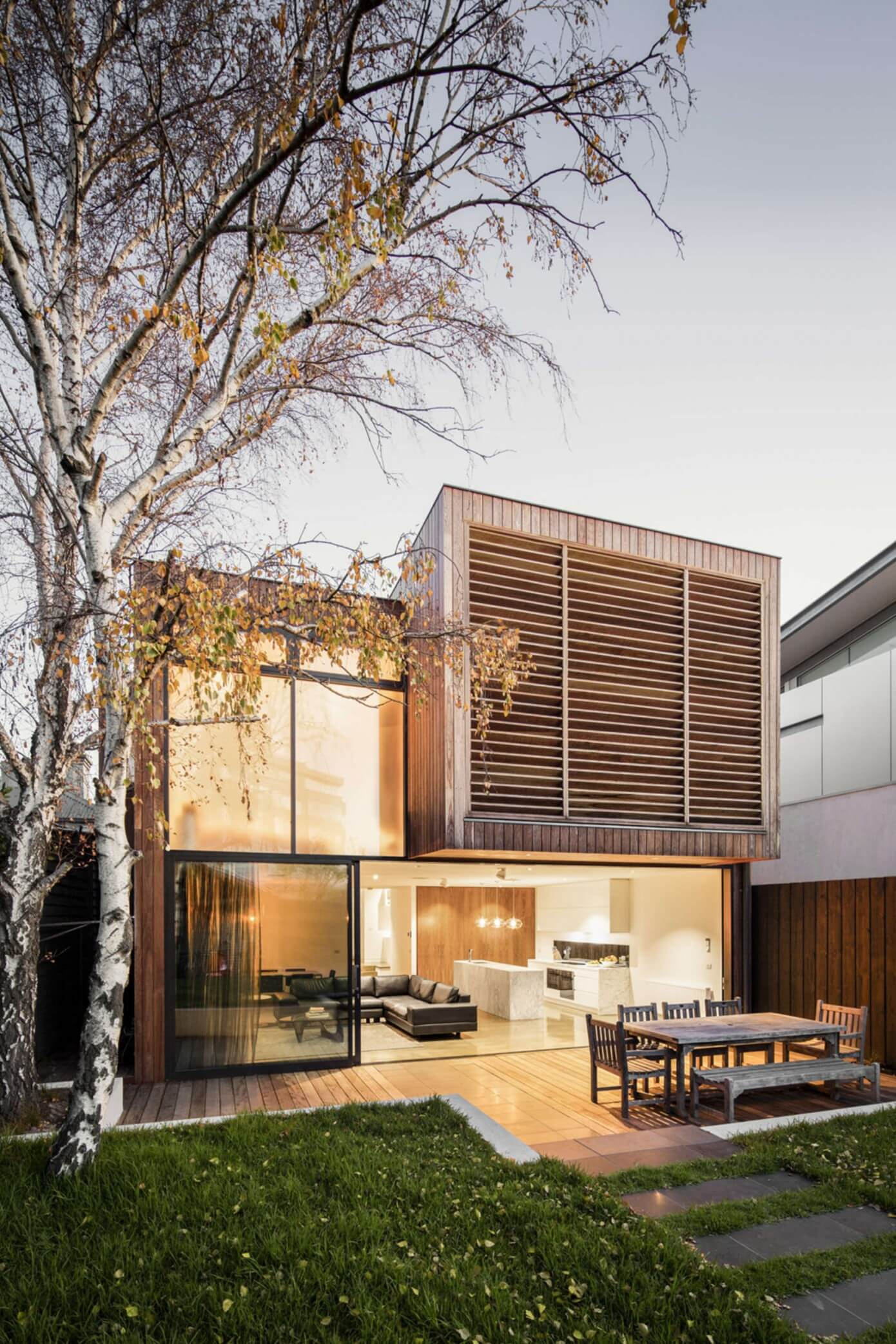 Middle Park House by Mitsuori Architects