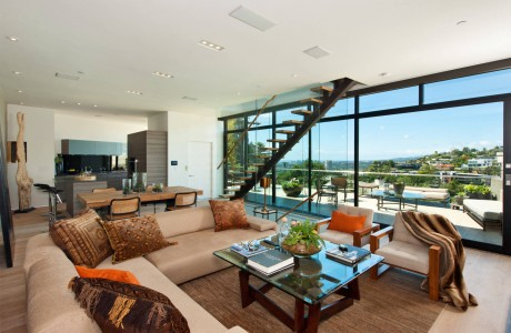 Hollywood Blvd. Residence by Meridith Baer Home